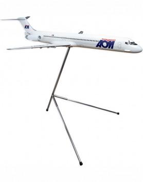 MD-83 AOM