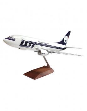 Boeing B 737-500 LOT